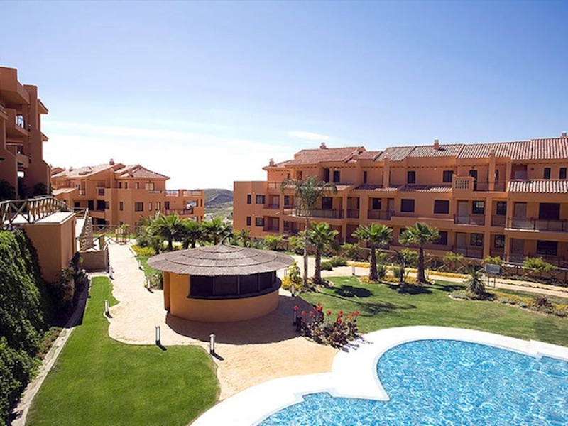 Calanova-Sea-Golf-Penthouse-Complex3.jpg