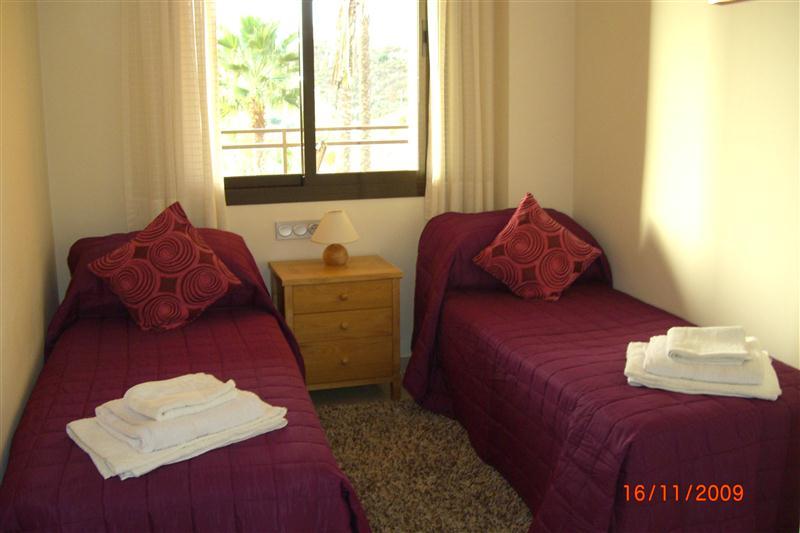 CalanovaSeaGolf-BL1-2nd-Bedroom.jpg