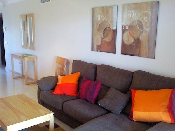 HercesaCalanova-lounge2.jpg