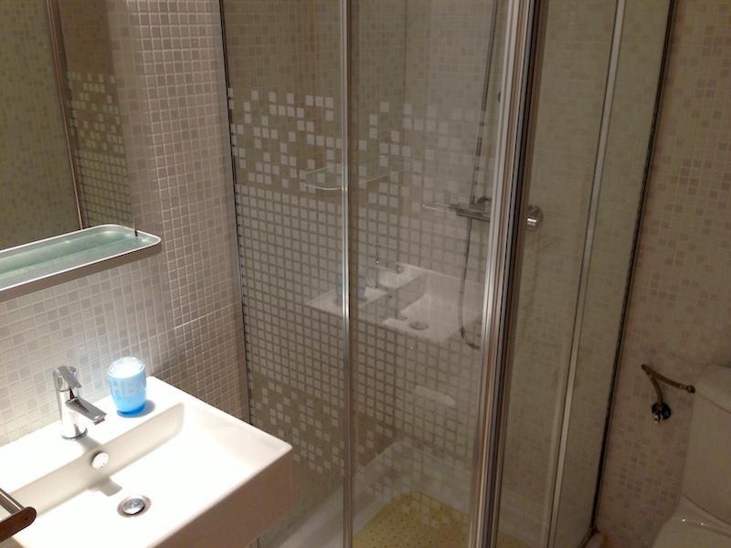 LaCalaApartment-BathroomNOT.jpg