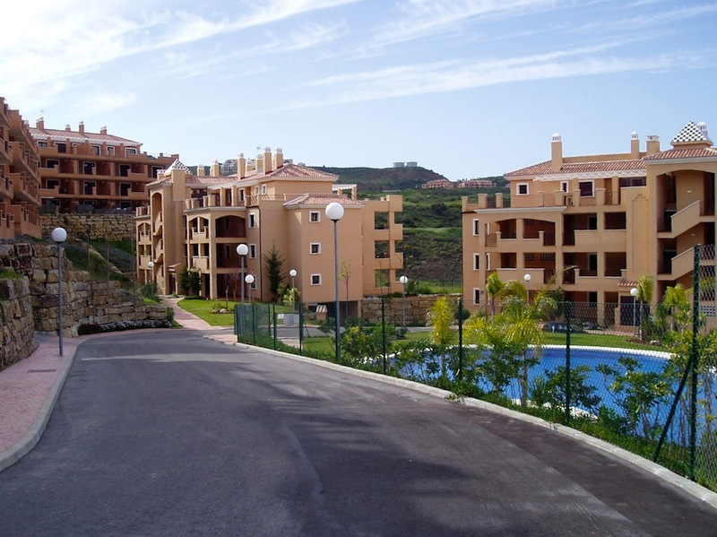LaCalaApartment-Complex.jpg
