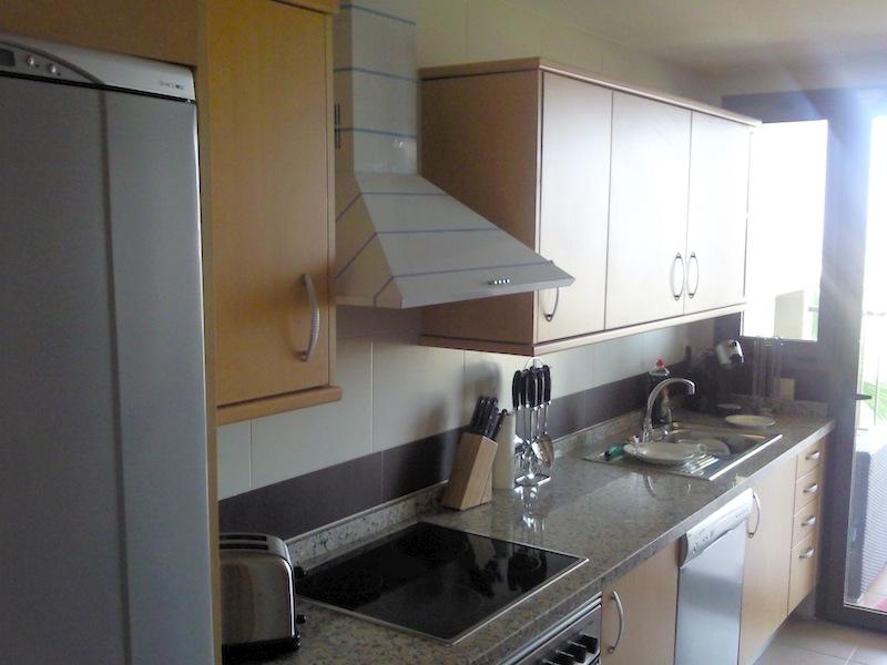 Los_Cortijos-Kitchen.jpg