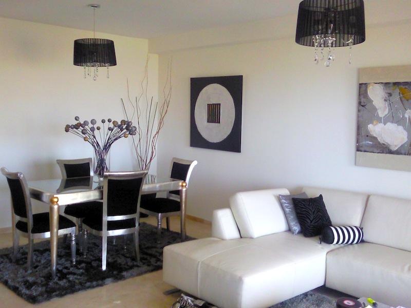 Los_Cortijos-Lounge2.jpg