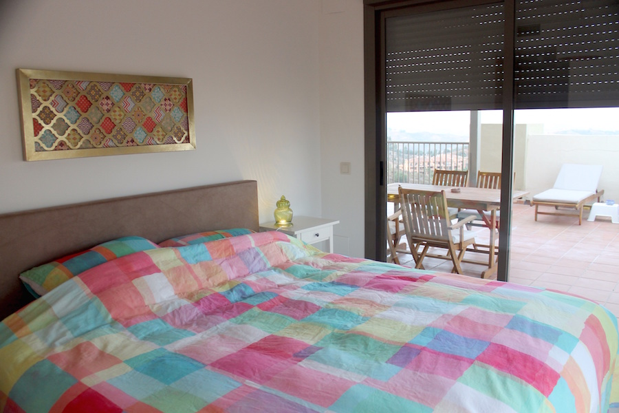 Los_Cortijos_Master_bedroom.jpg