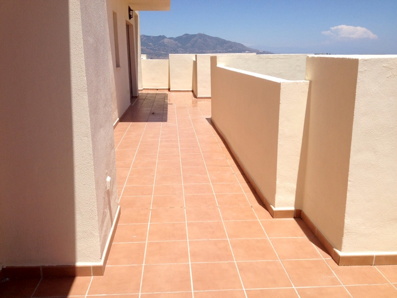 Los_Cortijos_Terrace8.jpg