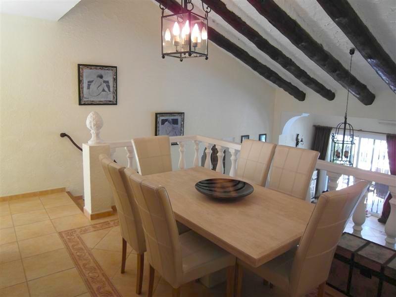 Villa_El_Rosario_Marbella_Dining_Room.jpg