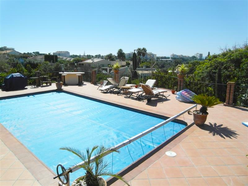 Villa_El_Rosario_Marbella_Pool_and_view.jpg